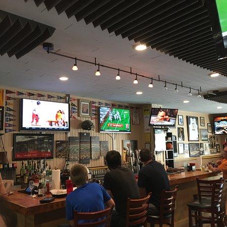 Maloney S Pub Photo1 Jpg
