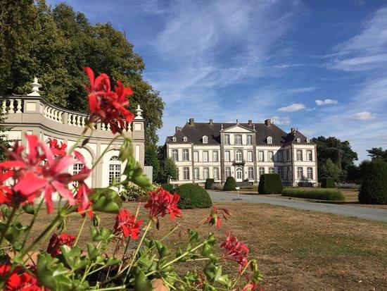 Chateau d'Attre