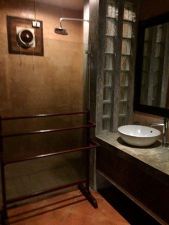 Wind Beach Resort: WC Deluxe room