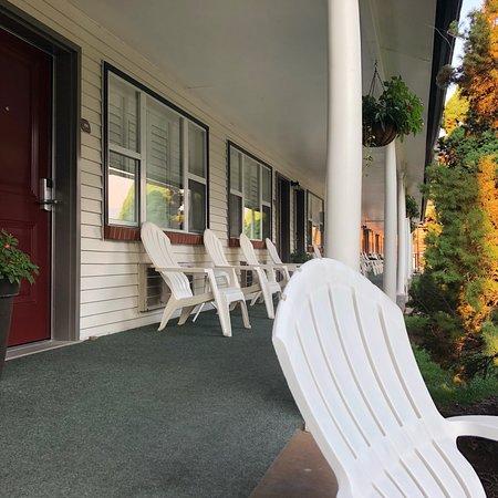 Hanging Lake Inn: photo0.jpg
