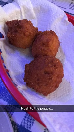 Wartrace, Теннесси: hush puppies