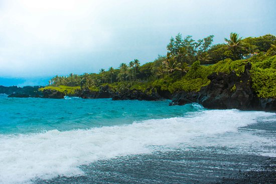 Makawao, هاواي: Wai'Anapanapa State Park - Black Sand Beach