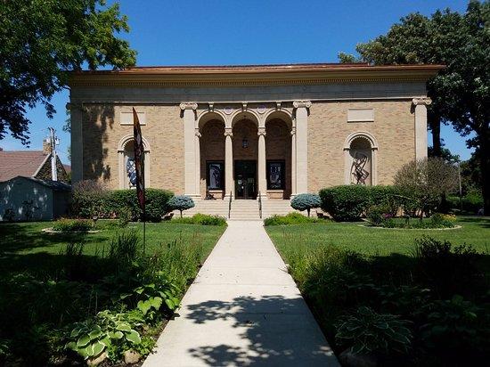 Blanden Art Museum