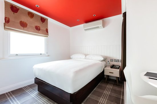 Radisson Blu Edwardian Sussex Hotel : Guest room
