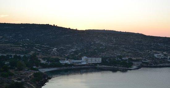 Calamosca, la spiaggia, l' hotel dal Faro di Sant' Elia