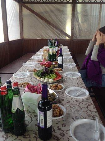 Sorokino, Russia: Кафе « У Гарика»  в зоне отдыха «Бухта радости», беседка