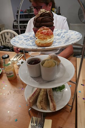 Child's Afternoon tea for £10