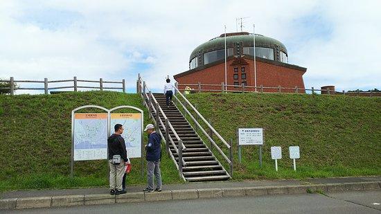 Kushiro Shitsugen Observatory Boardwalk: 駐車場側からの入り口。