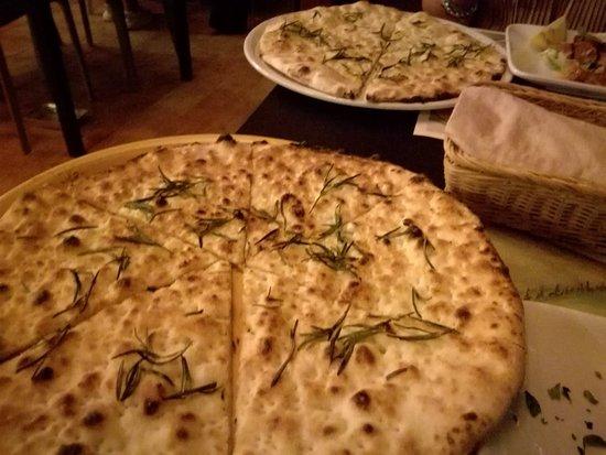 San Feliciano, Италия: Giramondo Ristorante Pizzeria