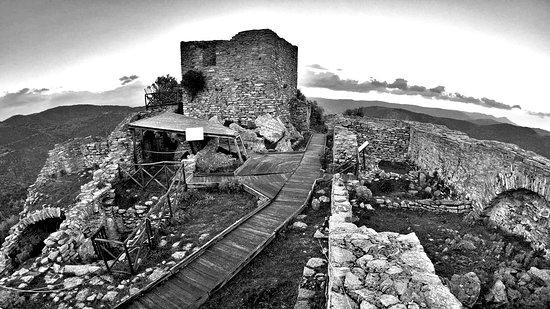 Castello di Sassai (Orguglioso)