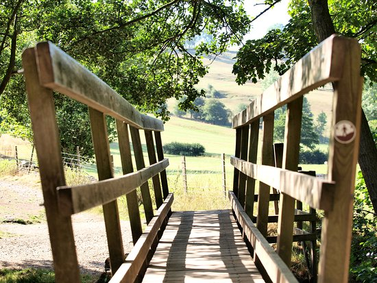 Thorpe, UK: footbridge