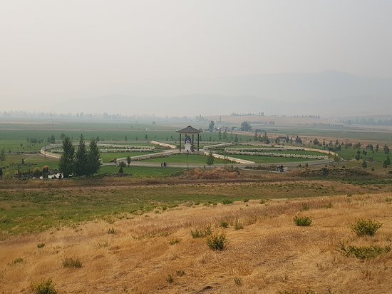 Arlee, MT: Garden of One Thousand Buddhas