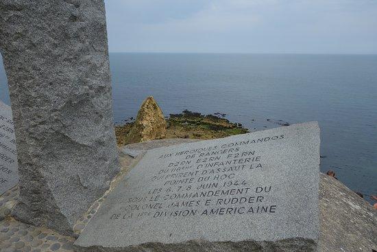 Cricqueville-en-Bessin, France: Mémorial