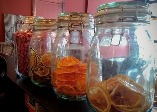 Dried fruit for the cicktails