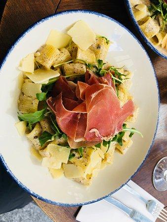 Rigatoni with summer truffle cream, parmesan, arugula and serrano ham