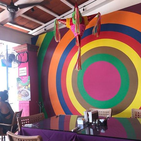 Victor's Place Cafe Tacuba: photo2.jpg