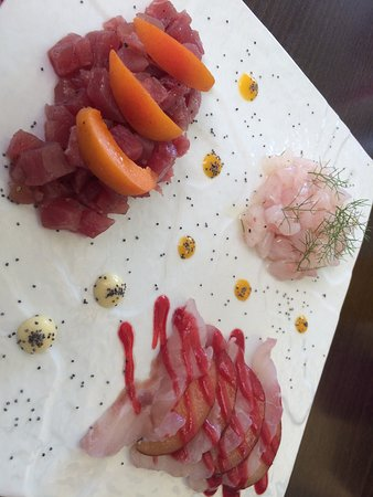 Cipressa, Italia: TRIS CRUDO CON MARINATURE DIFFERENTI