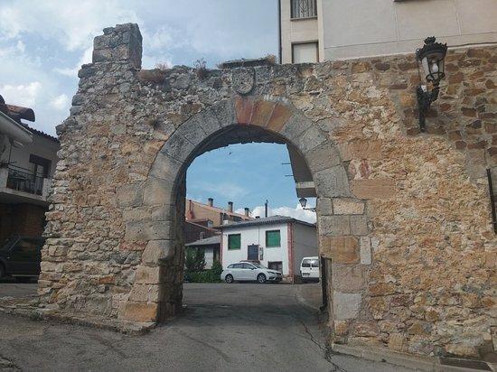 Puerta De Aranda