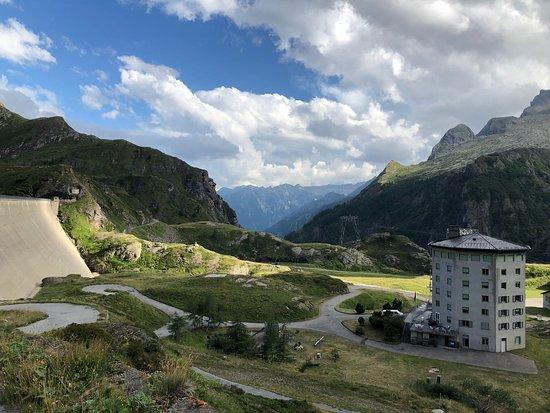 Cevio, Switzerland: Aussicht top!
