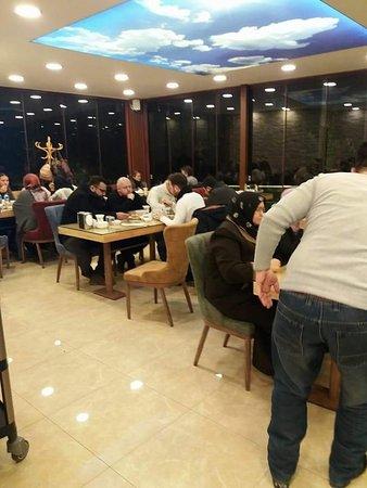 Ayancik, Turkiet: Oz Diyarbakır Sofrası