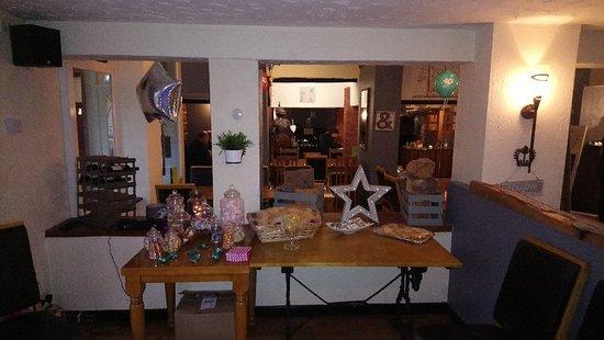The Wheelbarrow Castle Country Pub & Eating House: DSC_0196_large.jpg