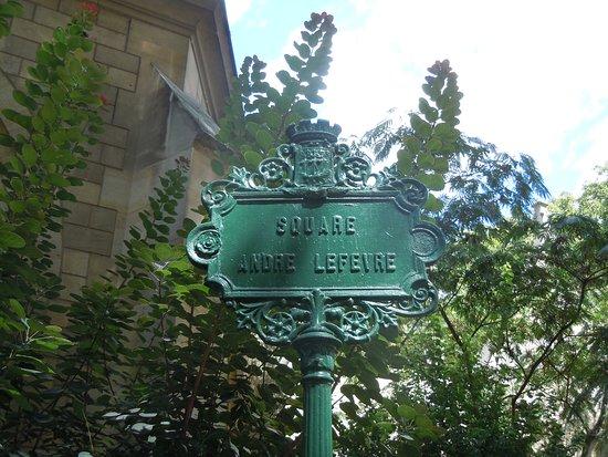Square Andre Lefevre