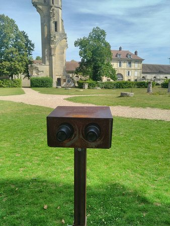 Asnieres-sur-Oise照片