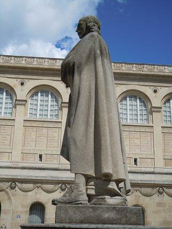 Statue de Corneille
