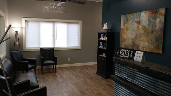 Middlefield, OH: Living Well Massage & Bodywork