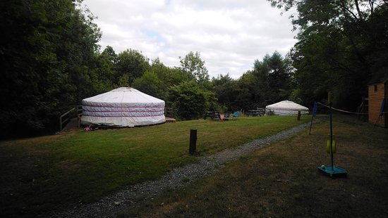 Cookbury, UK: Yurts didn't stay but looked very comfy