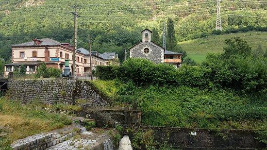 Espui, Spain: Hotel Montseny