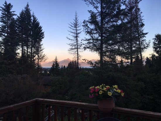 The Spyglass Inn B&B: View from deck of Captains Quarters