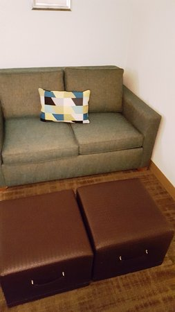 Fabulous Sofa Picture Of Hampton Inn St Louis Westport Maryland Ibusinesslaw Wood Chair Design Ideas Ibusinesslaworg