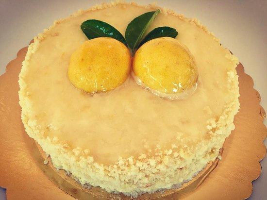 Larilò - Piccolo Ristorante: Dolce della casa - Nuvola al limone