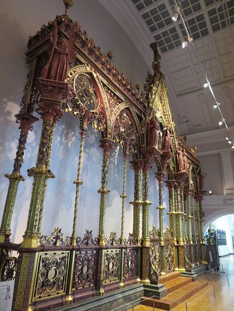 V&A  - Victoria and Albert Museum: Hereford Screen