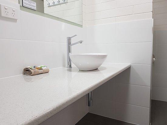 vineland motel 0. Black Bedroom Furniture Sets. Home Design Ideas