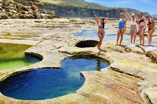 Figure 8 Pools Photography & Hike Tour from Sydney