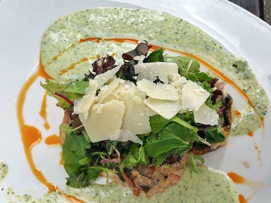 Pier 18: Salat