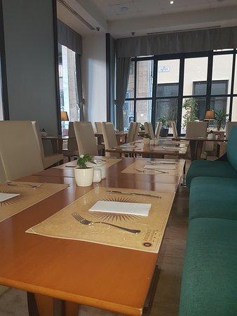 Regency Suites Hotel Budapest : Regency Suites Hotel - Breakfast room