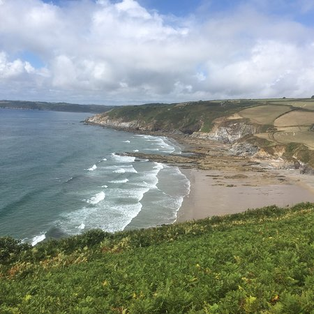 The Dodman: Leaving Hemmick Beach