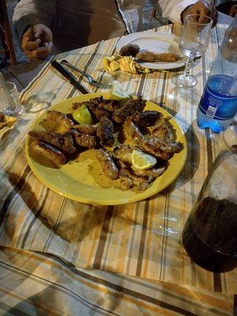 Campi Salentina, Italia: Arrosto misto