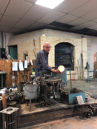 Vaals, Belanda: De glasblazer aan het werk