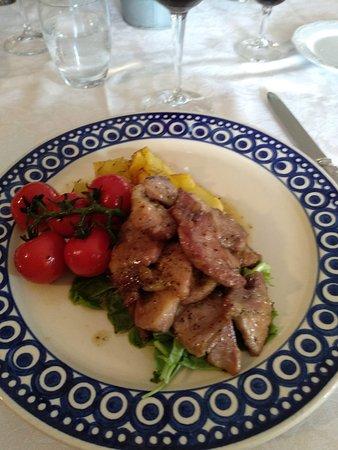 Serre di Rapolano, Olaszország: bocconcini di maiale al vinsanto