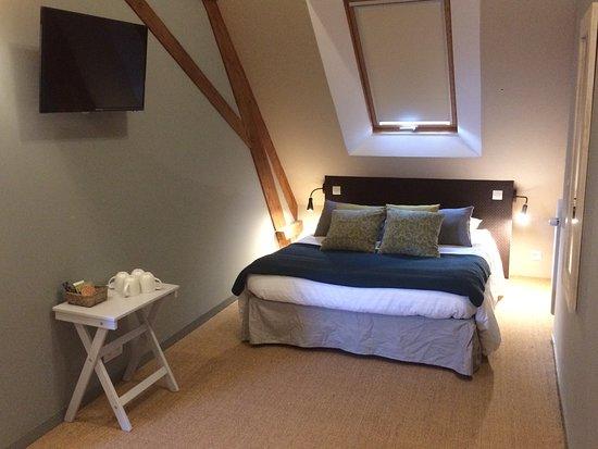 Nonant, Franciaország: Chambre familiale Guillaume, 2 chambres en 1. Espace parents