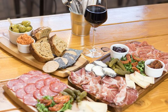 Rainhill, UK: Amazing sharing boards