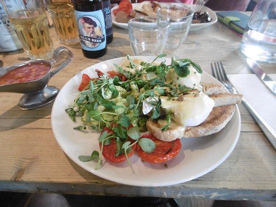Bill's Covent Garden: Breakfast norvégien avec fromage, mais sans viande.