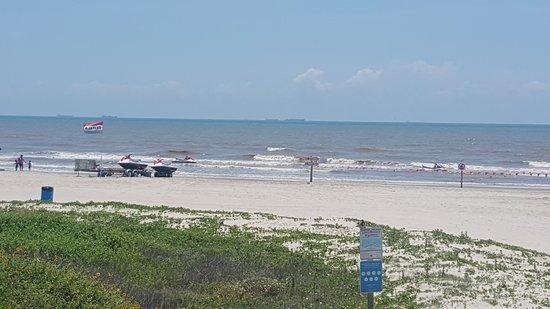 Beach Service, LLC