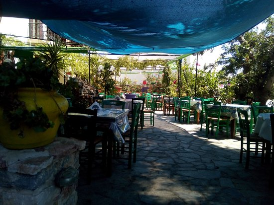 Livadia, Греция: Before service starts...