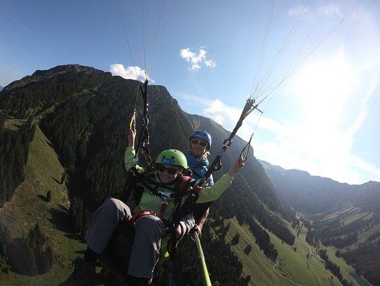 """Himmelsritt Tandem Paragliding: Erster """"Fastalleinflug""""!"""