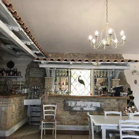 Penna in Teverina, Italie: Bel posto....